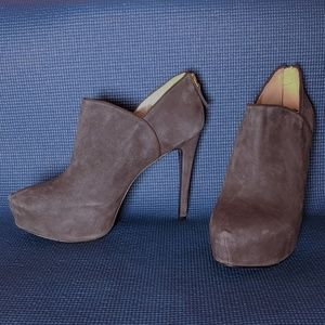 Nine West Haywire Gray Suede Platform Ankle Boots